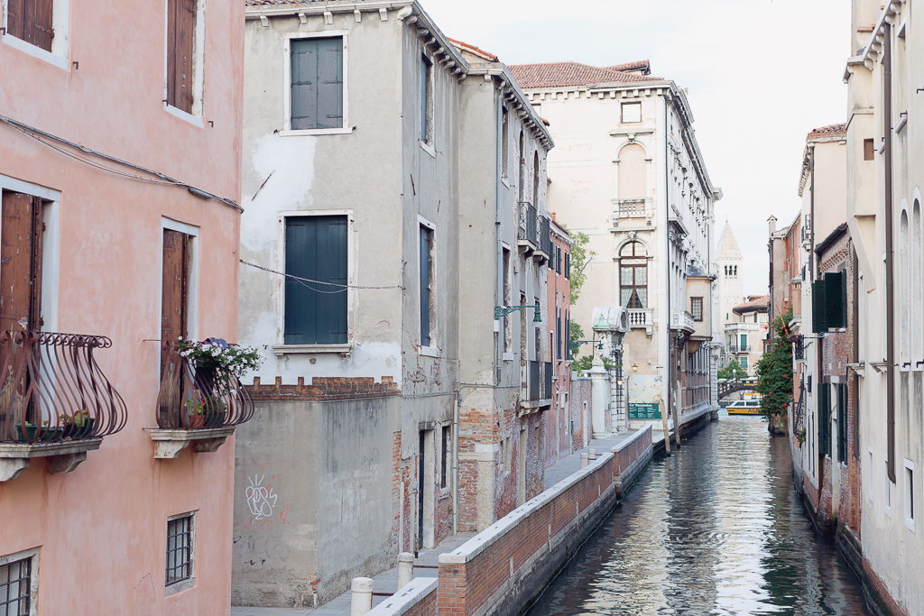 Venice-canal-in-late-evening