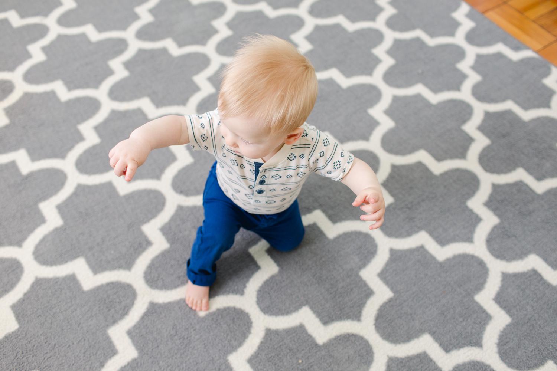 baby-boy-balancing-act